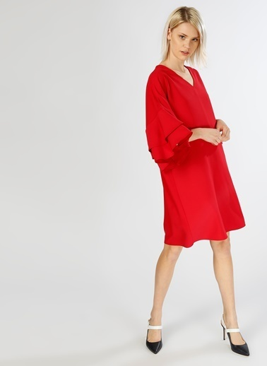 Limon Company V Yaka Kolları Volanlı Kısa Elbise Mercan